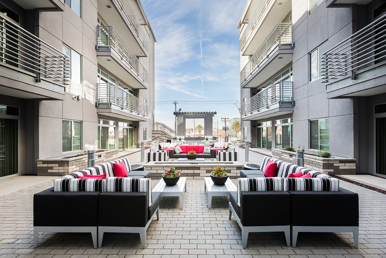 Linear Mid-Rise Lounge & Pool Area